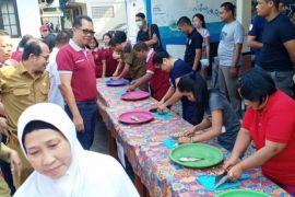 Dislutkan Kalteng kembangkan Pabrik pakan ikan di Palangka Raya