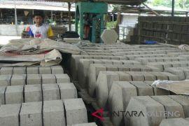 Harga semen naik, pengusaha di Kotim mengeluh