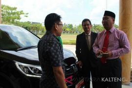 Taat aturan, Mofit serahkan mobil dinas sebelum akhir jabatan