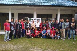 BEM FISIP UNKRIP orientasi calon pengurus di Taman Wisata Tangkiling