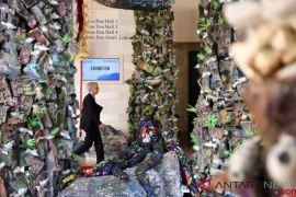 OOC 2018: Seni Instalasi Sampah Laut