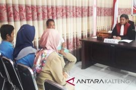 Akta kelahiran keliru, lima warga Seruyan disidang