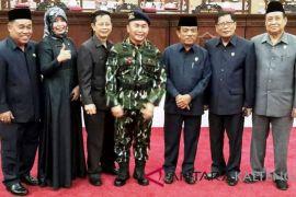 Empat Pimpinan fraksi di DPRD Kalteng berubah, Komisi-komisi menyusul