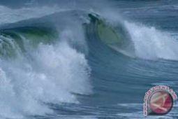 BMKG peringatkan gelombang laut Natuna 3,5 meter