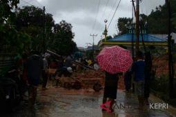 Banjir dan longsor landa Pulau Tambelan