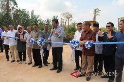 Gubernur Kepri resmikan pembangunan jalan industri Karimun