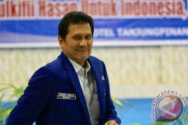 Asman Abnur Enggan Komentar Korupsi dan Politik