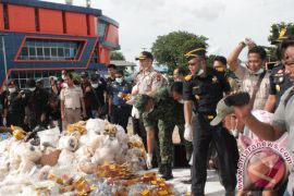 BC Kepri Musnahkan Barang Tegahan Senilai Rp5 Miliar