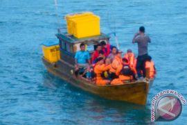 Kapal Ikan Tenggelam di Perairan Mapur