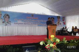 Gubernur Kepri serahkan 256 sertifikat tanah Karimun
