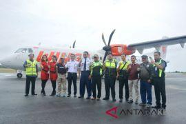 Pesawat Wings Air mendarat mulus di Bandara Dabo