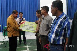 PT Timah beri bantuan perlengkapan nelayan