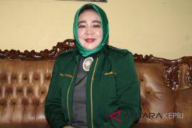 Nyimas Novi Ujiani, pejuang kesetaraan gender dari Karimun