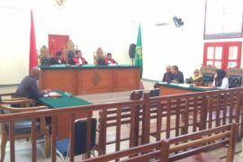 Hakim perintahkan Asyura lakukan mediasi dengan tergugat
