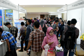 Ribuan warga padati bursa kerja BPJS Ketenagakerjaan