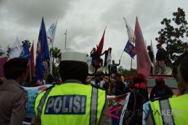 Wali Kota Batam terima perwakilan buruh