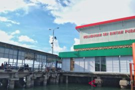 Politisi minta Pelindo benahi fasilitas pelabuhan