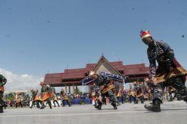Tarian sinergitas TNI-Polri meriahkan HUT Bhayangkara