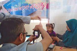 Imigrasi 'jemput bola' pelayanan paspor di Pulau Terong