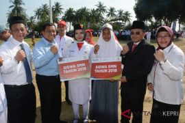 BUMN Hadir - Pelindo beri beasiswa pelajar pulau terluar
