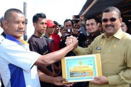 Bupati Karimun: nelayan jangan jual bantuan pemerintah