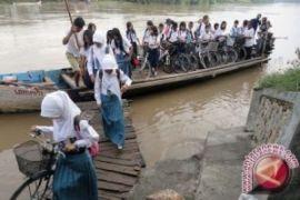 Pemkab Bintan siapkan kapal untuk pelajar