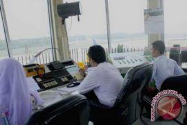 Pilot maskapai asing keluhkan sinar laser di Batam