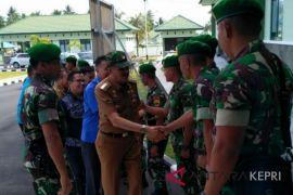 Bupati Natuna berharap TNI bersinergi dengan masyarakat