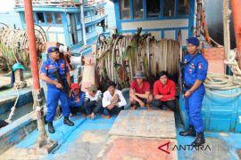 Polda Kepri tangkap dua kapal ikan asing