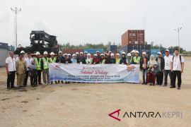 BUMN Hadir - Peserta SMN  kunjungi Pelabuhan Kijang