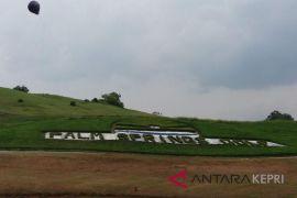 GIPI bangun sawah dan lokasi pernikahan di lapangan golf