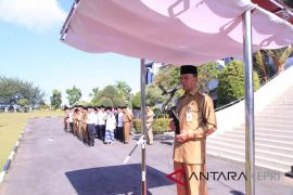 Seribu santri upacara bersama Wali Kota Tanjungpinang