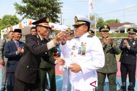 Aksi suap warnai HUT TNI di Lingga