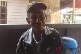 Suharmis, 22 tahun kenalkan Tuhan kepada Suku Laut