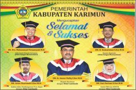Pemerintah Kabupaten Karimun Mengucapkan Selamat & Sukses Bupati Karimun Raih Gelar Doktor Cum Laude