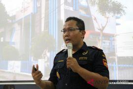 Penerimaan Bea Cukai Tanjungpinang Rp1,98 Triliun