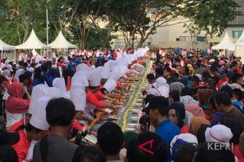 Roti jala terpanjang di Indonesia