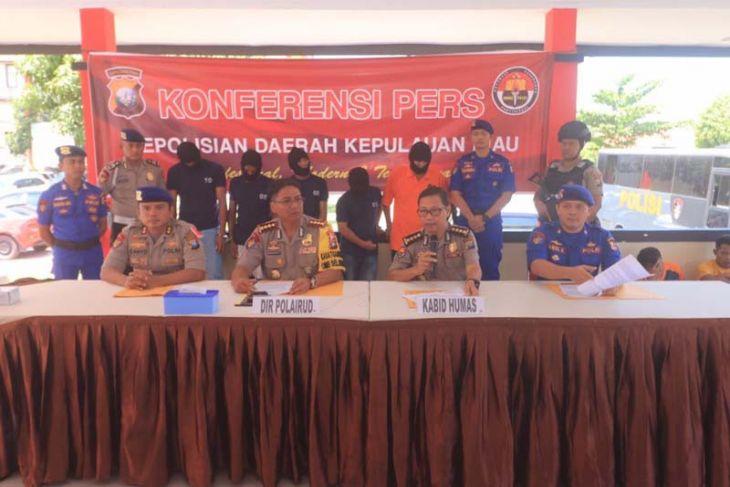 Ditpolair amankan lima penyelundup TKI di Batam