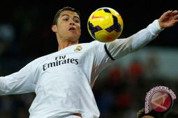 Ronaldo Cetak Dua Gol