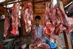 Harga daging di Bandarlampung bertahan tinggi