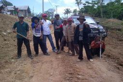 Parosil Janji Mantapkan Jalan di Lampung Barat