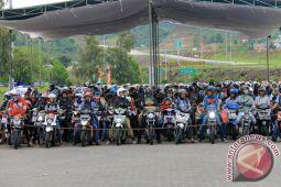 Sepeda Motor Padati Pelabuhan Bakauheni