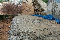 Pembangunan Jalan Penumangan-Unit VI Dinilai Dikerjakan Asal Jadi