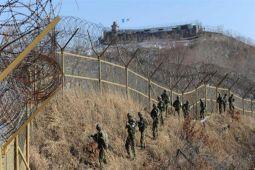 Tentara Korut Tertembak saat Membelot ke Korsel