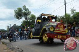 Karnaval Keliling Desa Meriahkan HUT Labuhan Maringgai