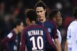 PSG unggul 10 poin