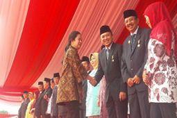 Gubernur Lampung Dapat Satya Lancana Kebaktian Sosial