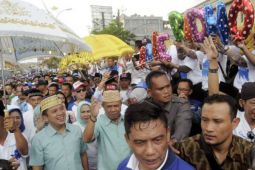 Pilgub Lampung: Pasangan Petahana Daftar ke KPU