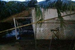 Lampung Timur di terjang puting beliung dua warga terluka