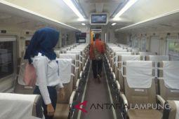 KA Lampung-Palembang uji coba biodiesel
